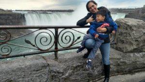 2017-4-3 Mey & Jordan at Niagara Falls